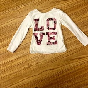 Old Navy Shirts & Tops - ⭐️⭐️L🌸O🌸V🌸E is all you need 💕💕